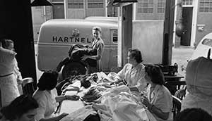 women_in_clothes_factory